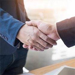 Sunrise Pest Management | Handshake